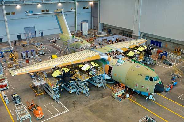 curso de montador y sellador aeronáutico en Sevilla Vitae Aeronáutica